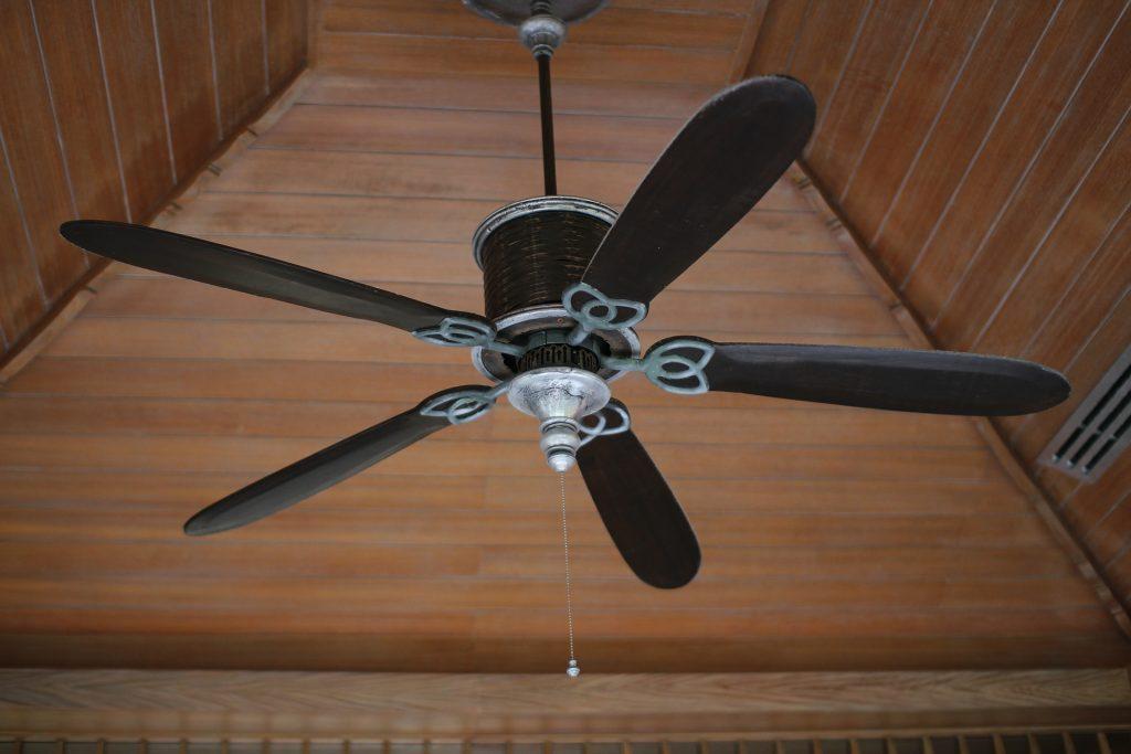 Sonnen- und Hitzeschutz für Zuhause - Ventilatoren